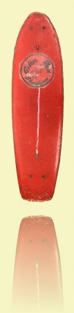 Red Golden Breed flex deck skateboard Bennett Surfboards, Sydney, c1976. Courtesy Duncan Harrex++